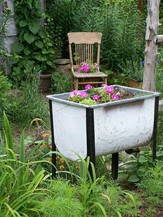 Love the old wash tubs!