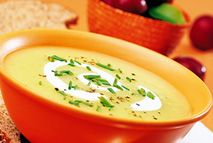 Classic leek and potato soup – Recipes – Slimming World Change out the fromage frais (a fresh cheese like cottage cheese but smoother) with full fat coconut milk to make it compliant. Slimming World Soup Recipes, Slimming World Diet, Slimming Eats, Easy Soup Recipes, Vegetarian Recipes, Cooking Recipes, Healthy Recipes, Potato Recipes, Cooking Ideas