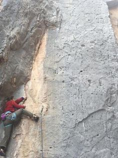 Climb limestone in the Southwest | rockclimbingwomen.com