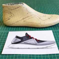 Tape up time. Of course, some of the lines have to be altered since the last is a different shape.    #pensole #pensolesketch #conceptkicks #ckinspiration #footweardesign #productdesign #industrialdesign #shoedesign #sneakerdesign #idsketching #sketchaday #athletic #performance #footwear #active #lifestyle #athleisure #sportswear #running #runners #trainers #igsneakercommunity #instakicks #kickstagram #osdlive #brooklynfarm #callingallcreators