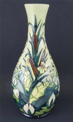Moorcroft Lamia Large Vase Rachel Bishop Design Water Lillies Bullrushes 1995