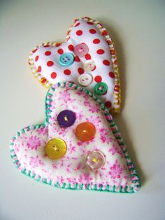 Heart with buttons brooch