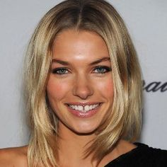 'It won't be like work' . model Jessica Hart said she was 'delighted' to be the new face of Magic Millions. Jessica Hart, Magic Millions, Dental, Gap Teeth, Pisces Woman, Mind The Gap, Haircut For Thick Hair, Models, New Face