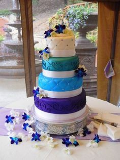 1000 images about wedding cakes on pinterest cinderella castle wedding cakes and castle cakes. Black Bedroom Furniture Sets. Home Design Ideas