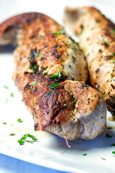 This Balsamic Roast Pork Tenderloin looks like you spent a lot of time on it, but it's on the table in 35 minutes. A spot on Italian inspired dinner. Pork Loin Recipies, Pork Recipes, Baby Food Recipes, Slow Cooker Recipes, Cooking Recipes, Food Baby, Oven Recipes, Pork Roast, Pork Chops