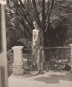 Princesa Irina Alexandrovna Yussupova, esposa de Príncipe Félix Yussupov. No exílio.