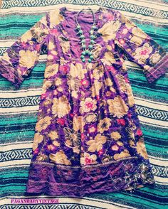 Mira este artículo en mi tienda de Etsy: https://www.etsy.com/listing/484576585/indiana-gown-60s-70s-dress