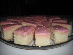 Recipe Marketing : Snack Cake With Pink Icing