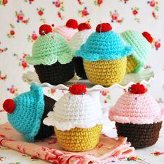 cupcake+pin+cushion