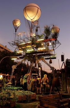 Steampunk Flying Greenhouse. Queen Genenvive's floating garden. Daniel based his flying machine off of the balloons that keep the innovative structure airborne.