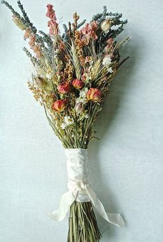 Fall Wedding Brides Bouquet of Lavender Roses Larkspur Wheat and other dried flowers. I love the simplicity of this bouquet, it is also not too feminine Bouquet Bride, Hand Bouquet, Dried Flower Bouquet, Dried Flowers, Wedding Bouquets, Fall Bouquets, Bridesmaid Bouquets, Fall Wedding Bridesmaids, Brides And Bridesmaids