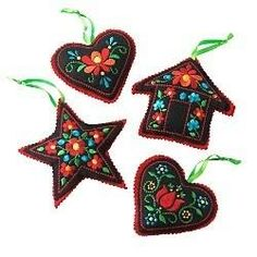 Embroidery Folk from another pinner: I *heart* Scandanavian ornaments! Felt Christmas Ornaments, Handmade Ornaments, Handmade Christmas, Christmas Crafts, Christmas Star, Scandinavian Christmas Ornaments, Embroidered Christmas Ornaments, Christmas Nativity, Christmas Printables