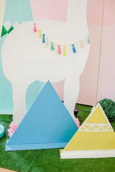 Averys Boho Llama Themed Party
