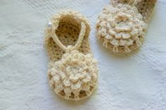 sandalias a crochet | ... /77641597/baby-booties-crochet-pattern-simply?ref=correlated_featured