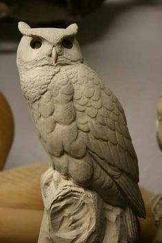 G H Owl start to tall Wood Carving Patterns, Wood Carving Art, Carving Designs, Bone Carving, Owl Bird, Bird Art, Skeleton Drawings, Wood Owls, Beautiful Owl