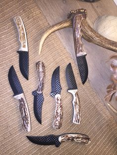Made from a farriers rasp Forged Knife, Damascus Knife, Cool Knives, Knives And Swords, Antler Knife Handle, Railroad Spike Knife, Knife Template, Antler Crafts, Knife Patterns