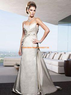 Glamouröse Dramatische Hochzeitskleider aus Taft