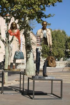 bruno-catalano #feeldesain #art http://www.feeldesain.com/surreal-sculpture-in-marseille.html