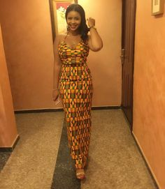 You will definitely visit your tailor after seeing these beautiful Ankara Aso Ebi styles. These Ankara Aso ebi styles are fabulous and a must-have for every African Dresses For Women, African Print Dresses, African Attire, African Wear, African Fashion Dresses, African Women, Ankara Fashion, Nigerian Fashion, Ghanaian Fashion