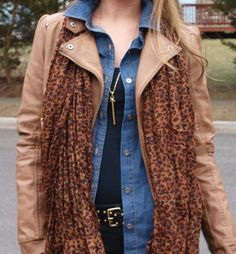 Casual Layers and Leopard... love this casual weekend look!