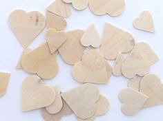 "25 pieces Unfinished Wood Hearts Cutouts 3/4"" - 1 1/4"" Valentine's Day Crafts"