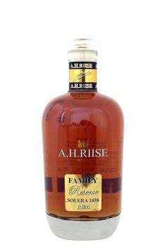 A.H. Riise Rum Family Reserve Solera Tolle Geschenke mit Rum gibt es bei http://www.dona-glassy.de/Geschenke-mit-Rum:::22.html