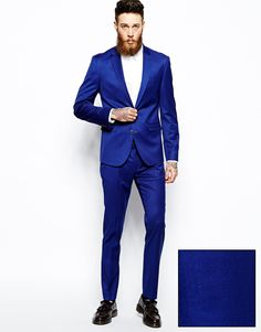 Dazzling Blue Suit for the Groom
