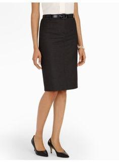 Chic Pindot Pencil Skirt