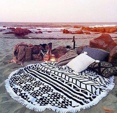 Un coin #bohème et #zen sur la #plage, un rêve...