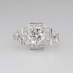 Amazing Sparkling Estate 1.25ct t.w. Diamond Engagement Ring Platinum by YourJewelryFinder on Etsy https://www.etsy.com/listing/206194194/amazing-sparkling-estate-125ct-tw