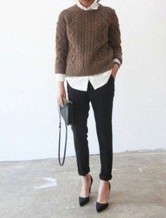 90 Sophisticated Work Attire and Office Outfits for Women to Look Stylish and Chic - Lifestyle State Trajes Business Casual, Business Casual Outfits, Business Attire, Business Chic, Business Professional Outfits, Young Professional Fashion, Casual Professional, Mode Outfits, Fashion Outfits