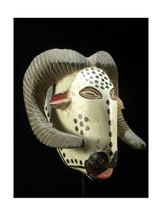 zoomorphic mask ram - Bozo - Mali - Masks of Mali - Item No. African Masks, African Art, Live Action, Larp, Morale, Art Premier, Animal Masks, Tribal Art, Headdress