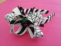 Halloween themed hair accessories ♥ spider web boutique bow alice band ♥