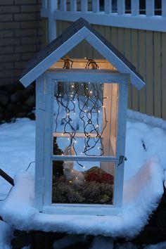 Tuuliannikantuvassa: Lyhty vanhoista ikkunoista Yard Art, Bird Feeders, Ladder Decor, Shed, Garden, Outdoor Decor, Diy, Home Decor, Image