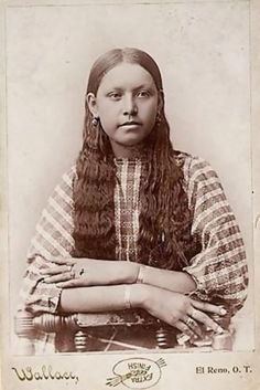 Native American Indian Pictures: Historic Pictures of Comanche Indian Women - Native American Indian Pictures: Historic Pictures of Comanche Indian Women - Native American Girls, Native American Images, American Teen, Native American Beauty, Native American Tribes, Native American History, American Indians, British History, Indian Tribes