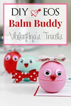 DIY EOS Balm Buddies Valentine Treats with Free Printable Tags - Mom 4 Real We have a slight EOS addiction over here! I even make my own refills for them. Now that Kate is in Cute Valentines Card, Valentine Treats, Valentines Day Gifts For Him, Kids Valentines, Eos Balm, Handmade Valentine Gifts, Free Printable Gift Tags, Printable Valentine, Cute Diy Projects
