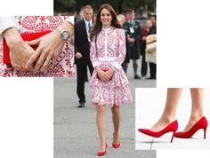 Кольцо c сапфиром Garrard & Co, часы Cartier, клатч Miu Miu, платье Alexander McQueen, туфли Hobbs