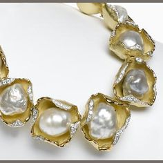 Necklace Collection : Baroque pearls nested inside gold shells the edges accented by diamonds. Pearl Jewelry, Jewelry Art, Jewelery, Jewelry Accessories, Jewelry Necklaces, Fine Jewelry, Jewelry Design, Jewelry Making, Pearl Necklace
