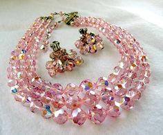 Perfectly PINK Laguna Crystal Necklace & Earrings thejewelseeker http://etsy.me/J6qpQo @Etsy #vjse2  #jewelry #boebot