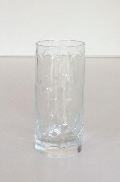 Bicchiere alto decoro ovale. (Disponibili 6 pezzi). H.cm.13,5x6.