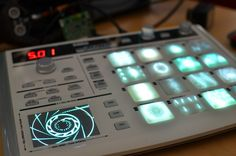 New Resolume MIDI Controller with Video Buttons and Monitor