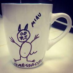 """""""Não é um gato, é um massacote"""" (Chaves)  www.diariodebordo.net.br #Chapolin #chaves #herói #cafe #cafeína #mascote #massacote"""