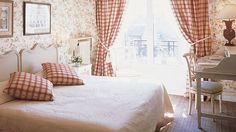 "Hôtel de Banville - ""Sophie"" Room"