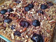 Warm Berry Baked Oatmeal....the perfect healthy fall breakfast!
