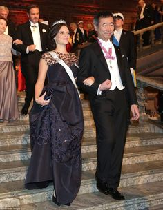 Princess Sofia wore a floor-length midnight blue gown, topped with the emerald and diamond tiara that was designed for her wedding day, to escort  Nobel Physics Prize 2015 co-winner Japanese Takaaki Kajita who was feted for his discovery that neutrinos have mass
