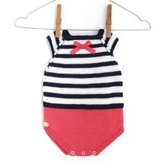 Learn how to Make this Knitted Sailor Baby ROMPER made with Stockinette stitch. FREE Step by Step Pattern & Tutorial. Amaze yourself about how easy it is! Diy Free Knitting Patterns, Baby Patterns, Knitting Stitches, Free Pattern, Crochet Baby Cardigan, Knitted Romper, Diy Romper, Sailor Baby, Baby Romper Pattern