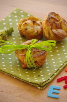 Muffins pomme #roquefort // Plus de #recette au roquefort sur le blog Les recettes Roquefort Papillon : www.recetteroquefort.fr