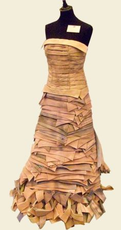 HOWS THIS FOR A PEICE OF UPCYCLING !!! A STUNNING GOWN MADE OF RECYCLED SHIRT COLLARS BY JUNKY STYLING. PICTURE TAKEN AT ETHICAL FASHION FORUM BOOTH, LONDON CLOTHES SHOW.