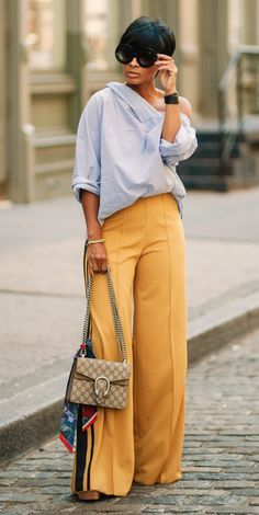 Nail Editorial Eclectic Style with this Fool Proof Outfit Formula — MappCraft - Trend Unisex Mode 2019 Chic Outfits, Fall Outfits, Fashion Outfits, Womens Fashion, Fashion Trends, Fashion Styles, Fashion Ideas, Look Fashion, Autumn Fashion