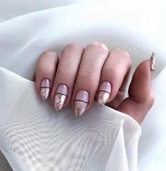 What manicure for what kind of nails? - My Nails Rose Gold Nails, Nude Nails, My Nails, Shellac Nails, Green Nails, Nail Polish, Natural Acrylic Nails, Summer Acrylic Nails, Natural Nails